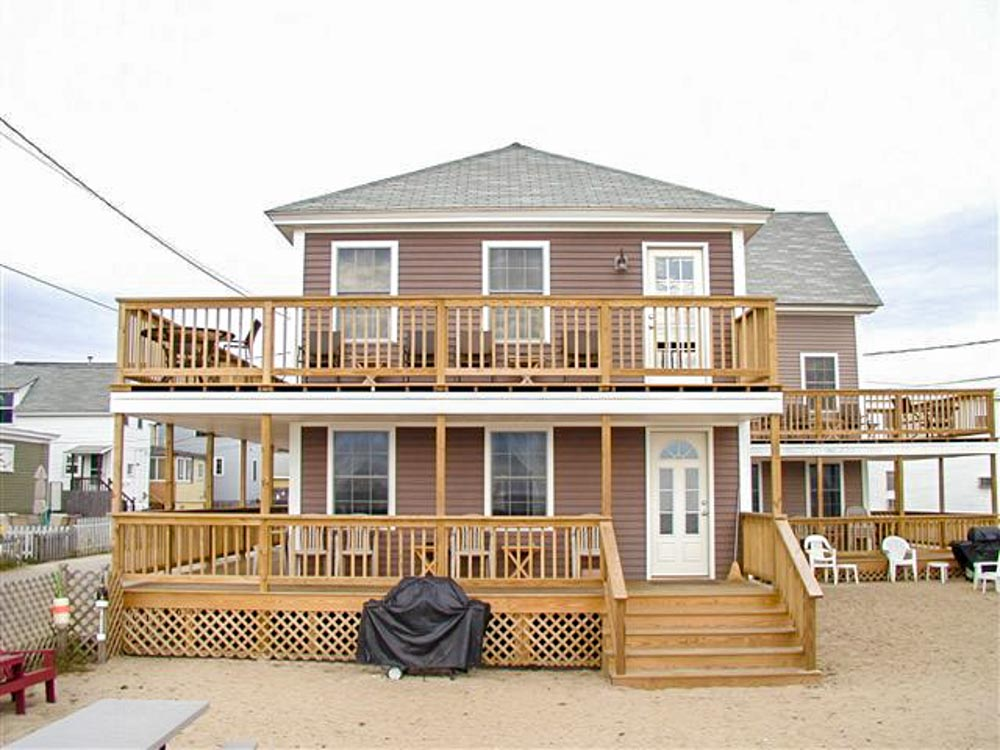 Relax in Maine at the Old Orchard Beach Cottages.